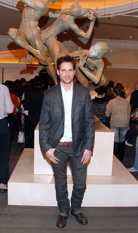 "Twilight's Peter Facinelli attends ""O"" by Cirque du Soleil"