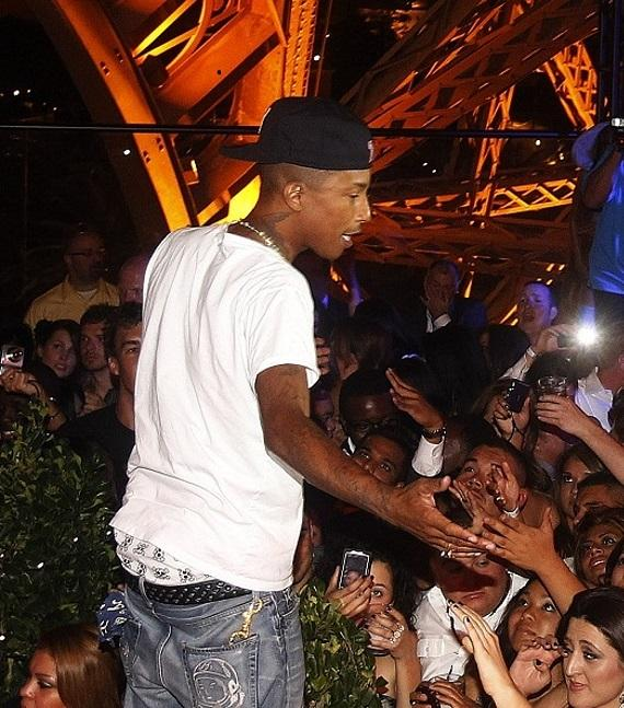 Pharrell with his fans at Chateau Gardens