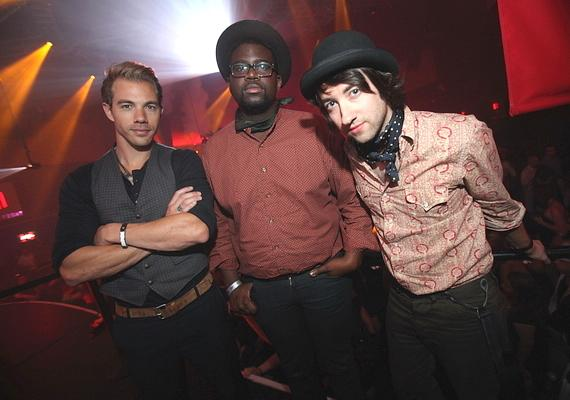 (L-R) Tim Lopez, De'Mar Hamilton and Tom Higgenson of Plain White T's at Rain Nightclub