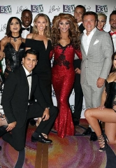 """Dancing with the Stars"" champ Kym Johnson and fiancé Robert Herjavec with cast of ""53X"" at Paris Las Vegas"