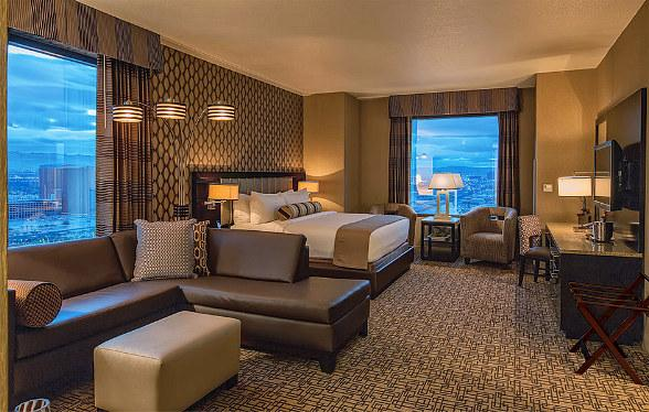 Golden Nugget Unveils New Gold Club Rooms in Rush Tower