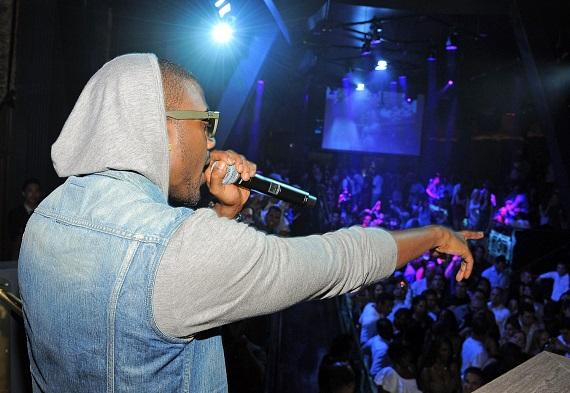 Ray J performing at Chateau Nightclub & Gardens in Las Vegas