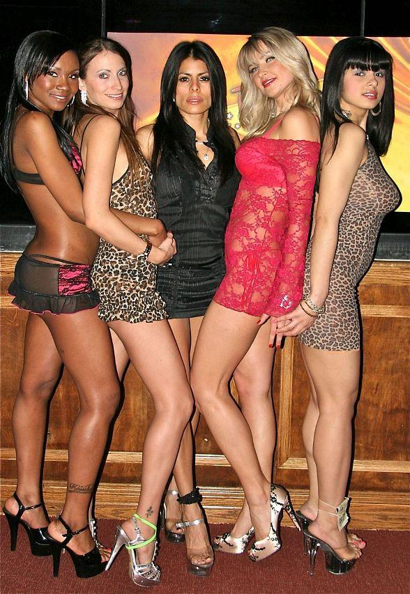 "Rick's Cabaret Girls Appear In New Jennifer Aniston/Gerard Butler Movie ""The Bounty Hunter"""
