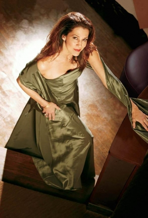 Acclaimed Songstress Rita Coolidge to Perform Valentine's Special at the Suncoast Showroom February 14-15