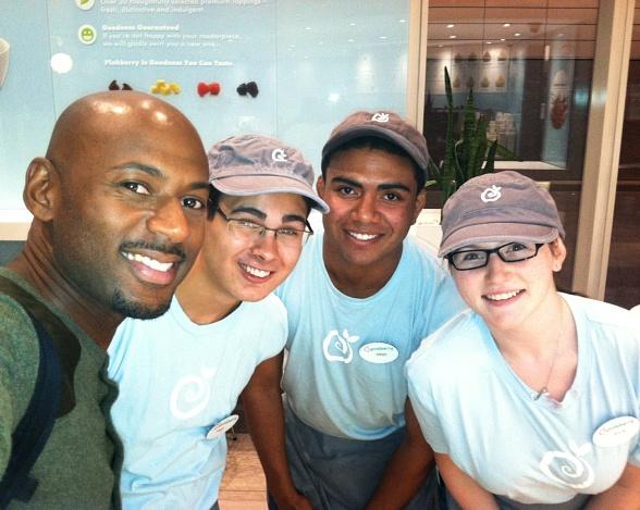 Celebrity Sighting: Actor Romany Malco at Pinkberry