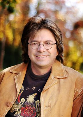 Roy Rivers Brings Music of John Denver to Suncoast Showroom Jan. 9-10