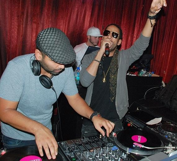 Ryan Leslie performing at LAX Nightclub