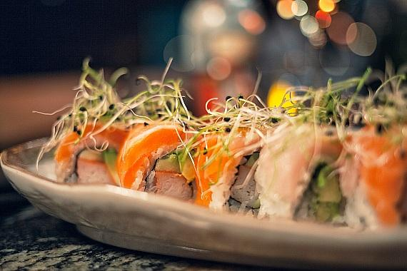 Salmon Supreme Roll