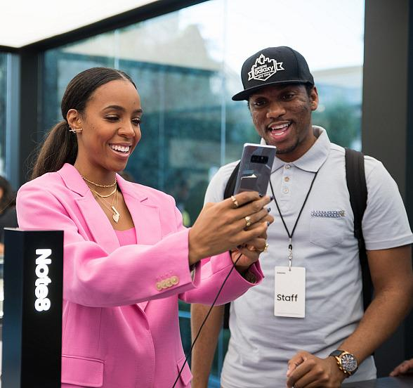 Singer Kelly Rowland Hosts Galaxy Studio Event in Las Vegas