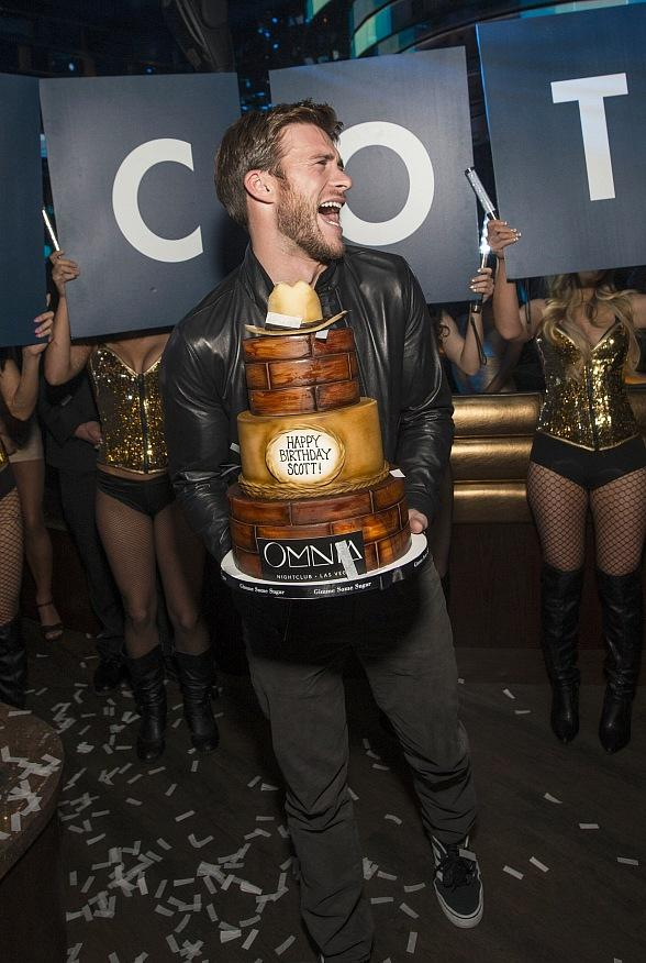 Scott Eastwood Celebrates Birthday at OMNIA Nightclub in Las Vegas