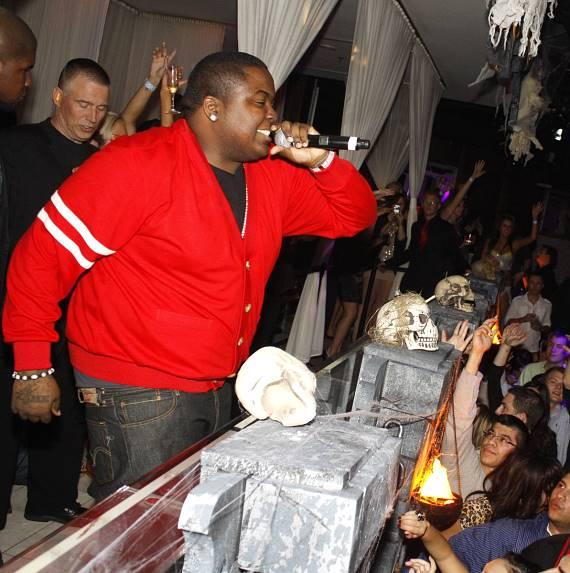 Sean Kingston Performs at PURE Nightclub