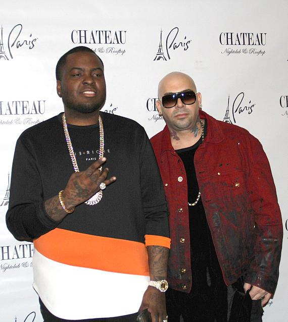 Sean Kingston with Mally Mall on the red carpet at Chateau