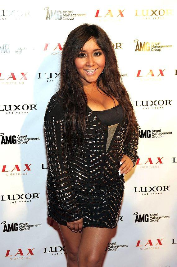 Snooki on red carpet at LAX Nightclub