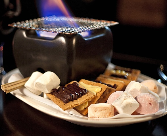 N9NE Steakhouse at Palms Casino Resort Celebrates National S'mores Day