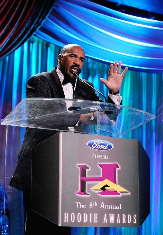 Steve Harvey hosts 8th Annual Hoodie Awards