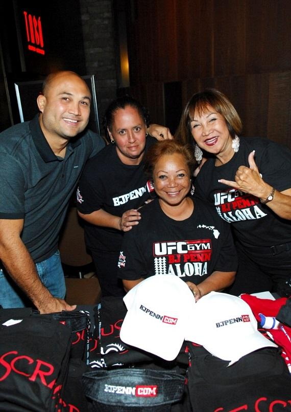 BJ Penn with Mother and Aunt at Tabu