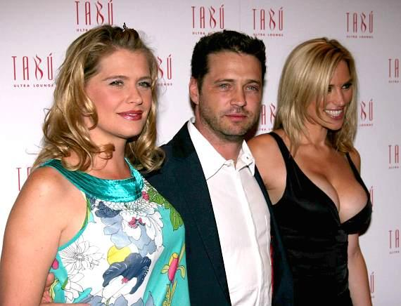 Kristy Swanson, Jason and Naomi Priestley at Tabu