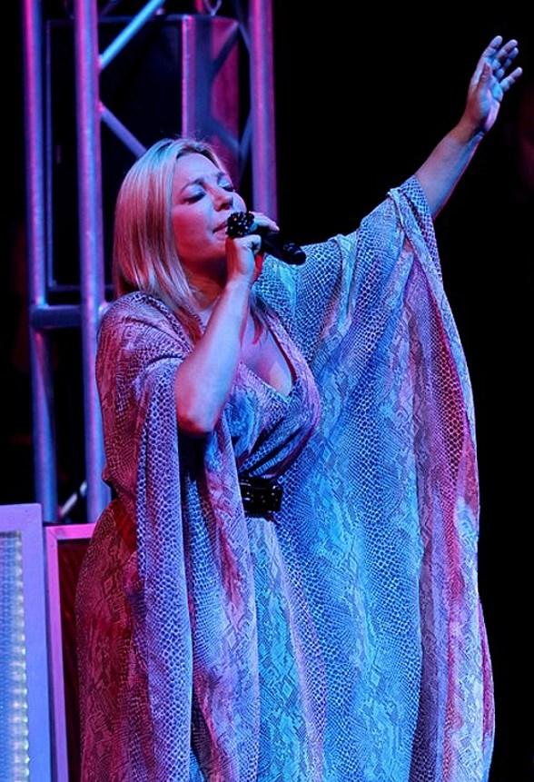 Taylor Dayne performs at Studio 54 Las Vegas
