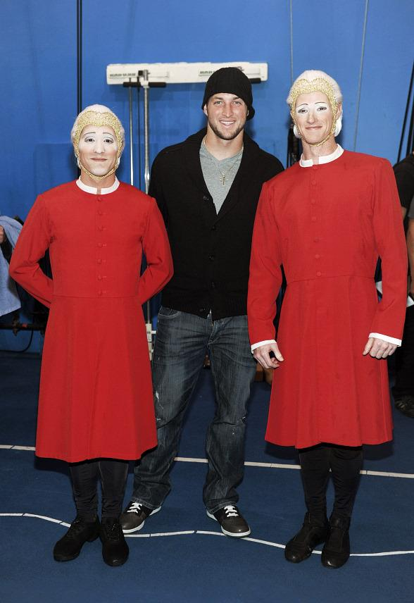 "Tim Tebow with Comets at ""O"" by Cirque du Soleil"