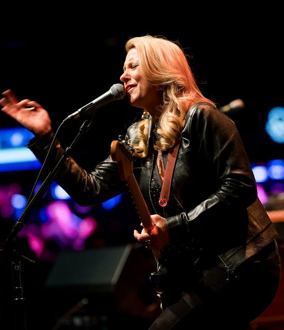 Tedeschi Trucks Band performs at Brooklyn Bowl Las Vegas at The LINQ
