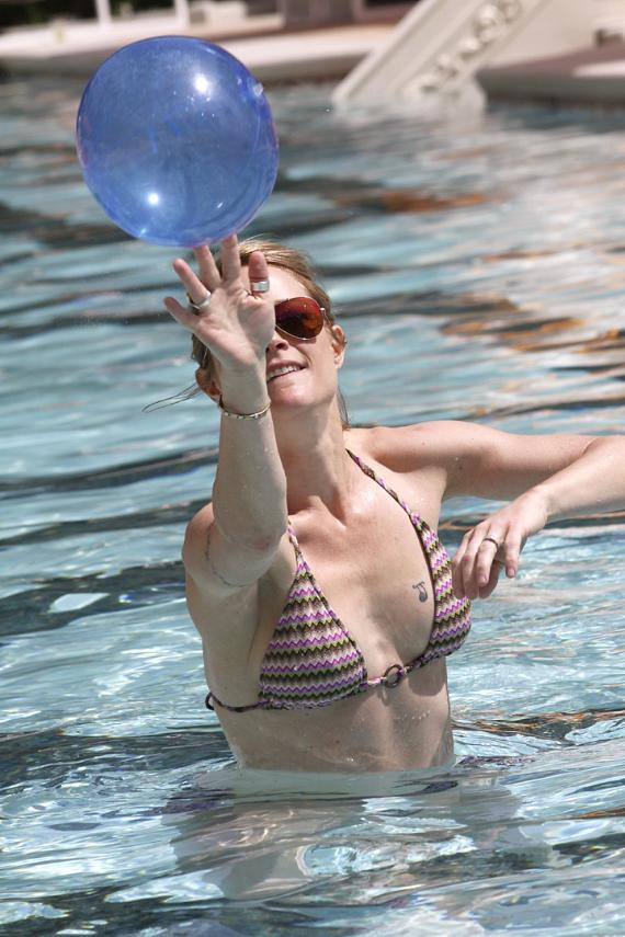 Teri Polo Celebrates the Opening of Venus Pool Club
