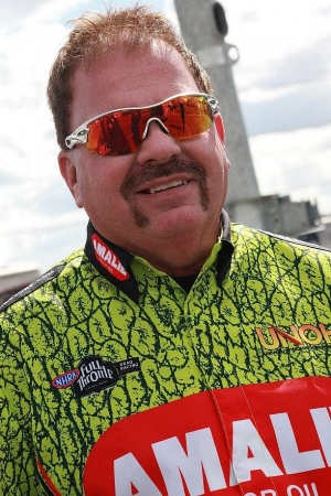 17° South Announces Special Meet & Greet with NHRA Racer Terry Mcmillen in Benefit of SHE 4Life
