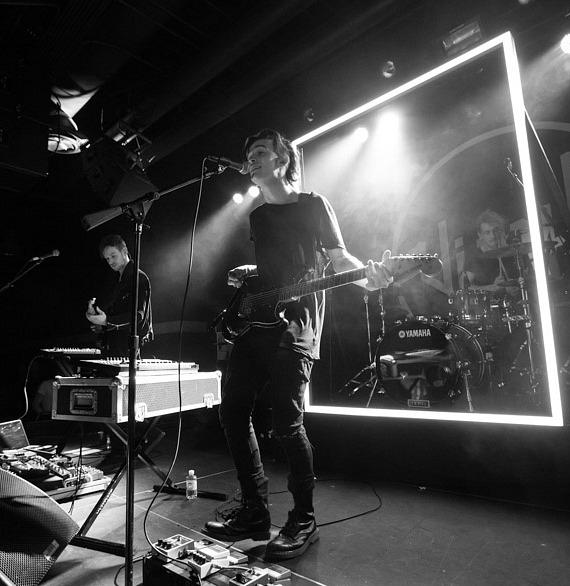 The 1975 Perform at Vinyl in Hard Rock Hotel & Casino Las Vegas