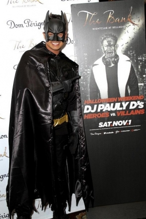 "DJ Pauly D Hosts Halloween ""Heroes vs. Villains"" Event at The Bank"