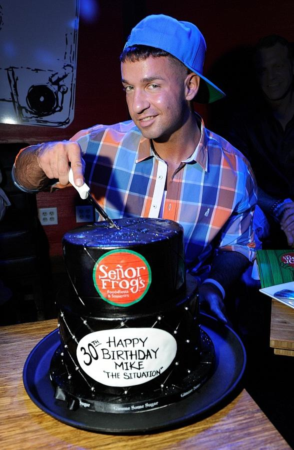 The Situation Cuts His Birthday Cake at Senor Frogs