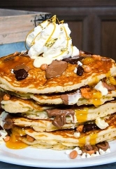 """Pantry at The Mirage """"Hits the Jackpot"""" with Decadent Chocolate and Gold Pancakes"""