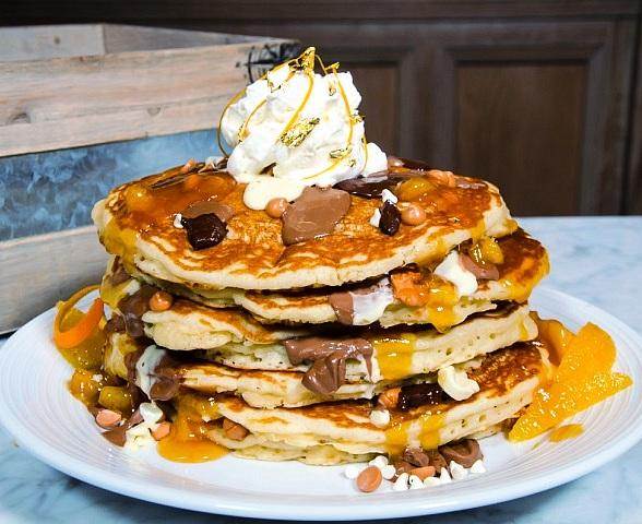 "Pantry at The Mirage ""Hits the Jackpot"" with Decadent Chocolate and Gold Pancakes"