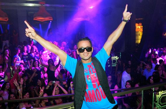 """Mike """"The Situation"""" Sorrentino and fans at Chateau Nightclub & Gardens"""