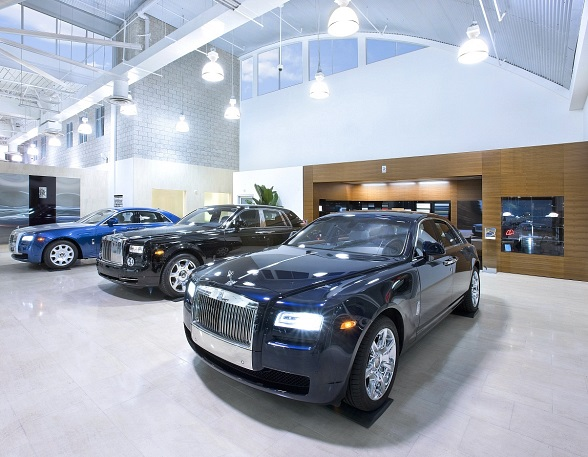 Towbin Motorcars Showroom