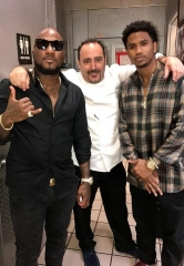 Trey Songz, Young Jeezy, Terrell Owens and Nick Hoult Dine at N9NE Steakhouse at Palms Casino Resort