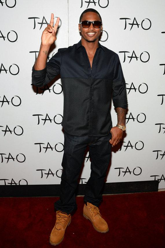 Trey Songz on red carpet at TAO