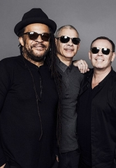 UB40 featuring Ali Campbell, Astro and Mickey 2016 with Special Guest Jo Mersa Marley at Mandalay Bay Beach July 30
