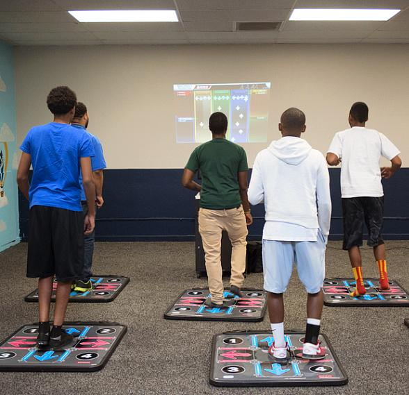 CCSD Superintendent Pat Skorkowsky Encourages Fun Exercise with New Technology at Boys & Girls Club
