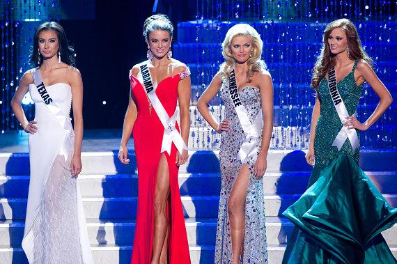Miss California Alyssa Campanella is Crowned Miss USA 2011 at Planet Hollywood in Las Vegas
