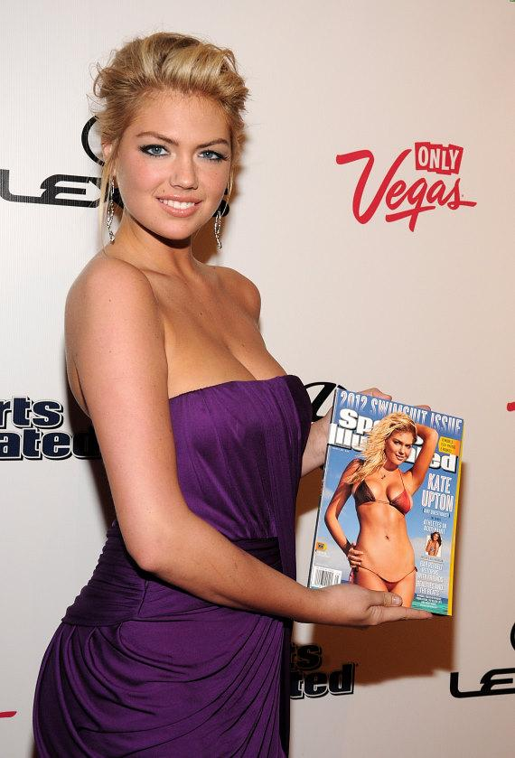 Sports Illustrated Swimsuit Edition cover girl Kate Upton at PURE Nightclub in Las Vegas