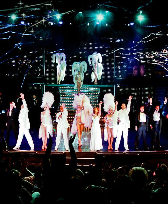 """Cast of """"VEGAS! The Show"""" Hosts Fashion Show Sunday at PURE Nightclub"""