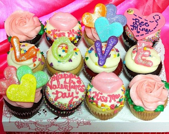Make a SWEET Gesture this Valentine's Day with Specialty Treats from The Cupcakery in Las Vegas