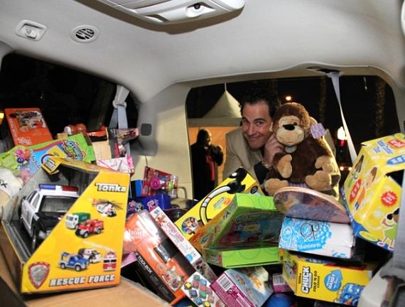 Vinny at KLUC Toy Drive