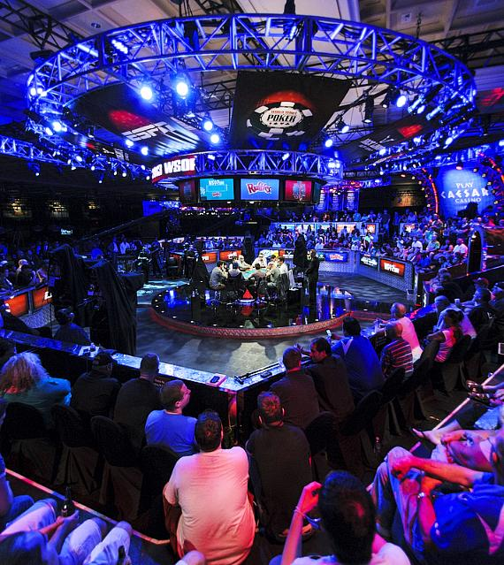 WSOP final table stage