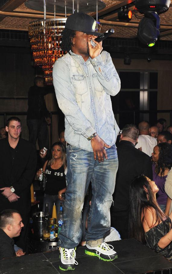 Wale performs at LAVO