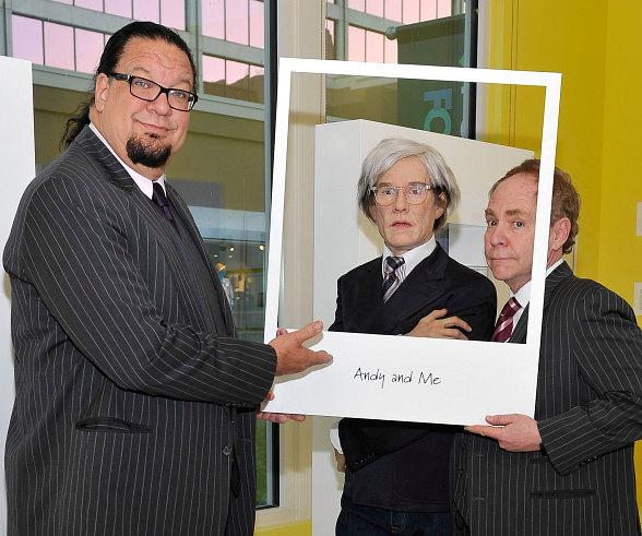 "Penn & Teller ""Reunite"" with Andy Warhol"