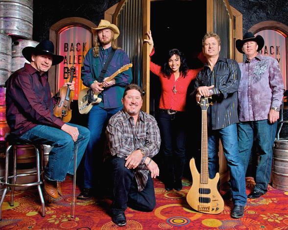 Local Favorite WolfCreek to Perform Every Thursday Through Monday