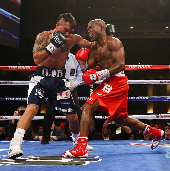 Timothy Bradley, Diego Chaves Battle To Draw At The