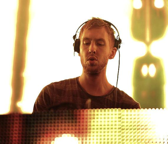 Calvin Harris performs at XS Nightclub