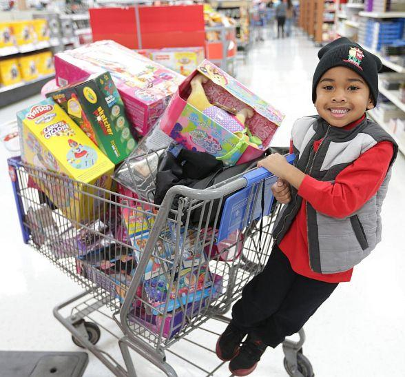 XS and Tryst Donate $172,000 in Toys to Local Children, Celebrating