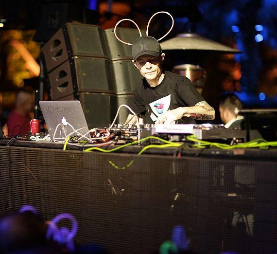 Deadmau5 surprises Vegas fans with impromptu set at XS Nightclub